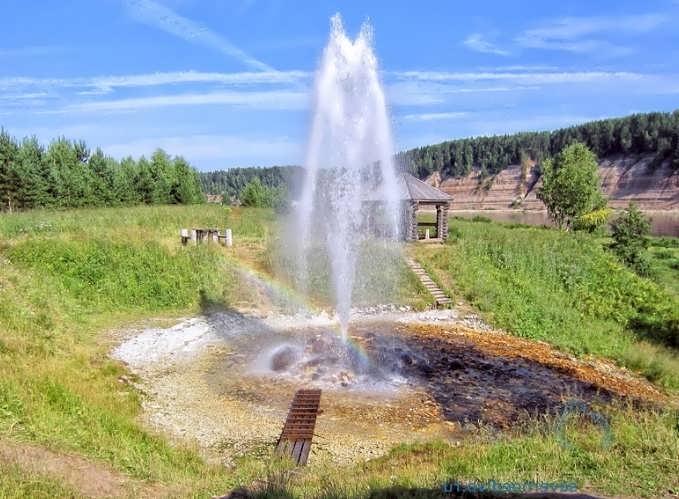 Скважина артезианской воды