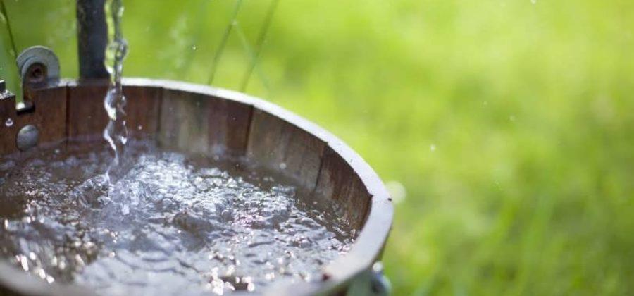 Как правильно очистить воду из колодца