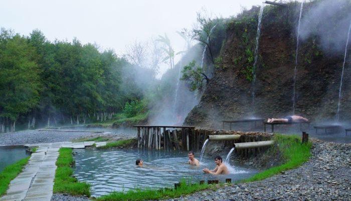 радоновые источники и озера в деревне