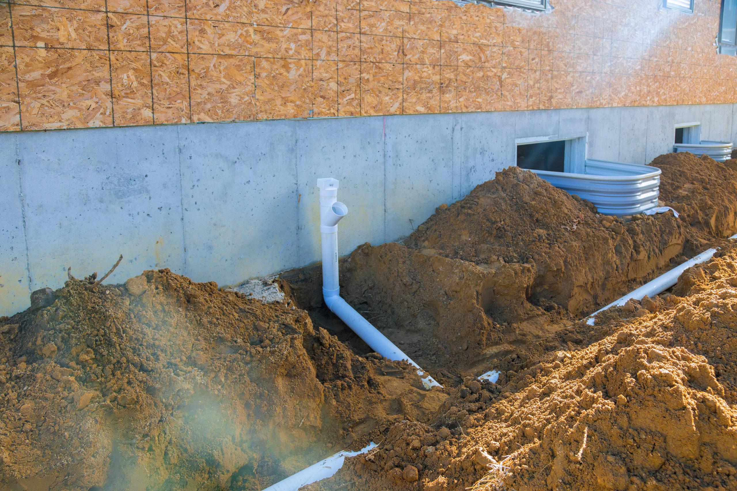 Какую канализационную систему устанавливать на участке с высоким уровнем грунтовых вод. Монтаж септика на участке с высоким уровнем грунтовых вод.